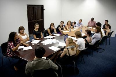 プロジェクトアブロード、企業の海外研修としての海外ボランティア・インターンシッププロジェクトを開始