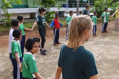 高校生海外ボランティアプログラム
