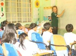 カンボジアの英語教育プロジェクト