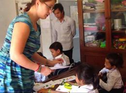A German volunteer joins a Teaching project