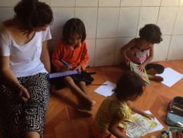 UK volunteer on a Teaching project