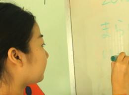 カンボジアで日本語+英語教育