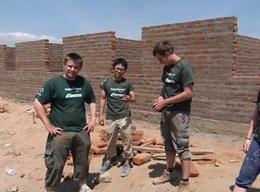 タンザニアで建築プロジェクト
