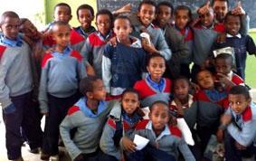 Äthiopien-Unterrichten-Jungs