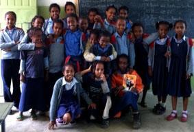 Äthiopien-Unterrichten-Mädchen