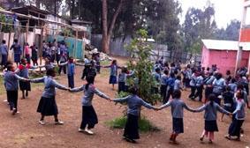 Äthiopien-Unterrichten-Pause