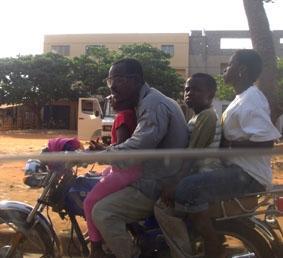 Togo, Unterrichten verkehr