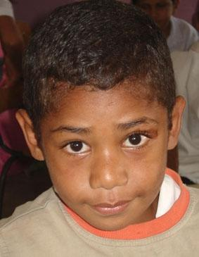 fidschi-sozialarbeit-junge