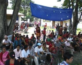 nepal-physiotherapie-wartende