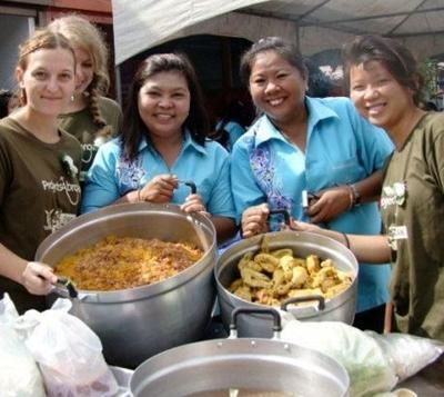 thailand-sozialarbeit-essen