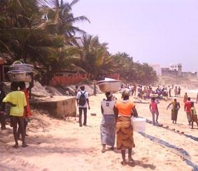 ghana-sozialarbeit-strand