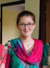 nepal-unterrichten-outfit-ich-im-traditionellen-gewand