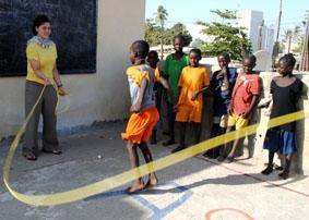 Senegal, Sozialarbeit, Seilspringen