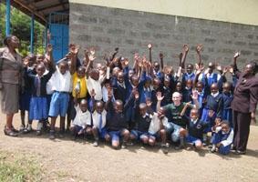 kenia-sozialarbeit-klassenfoto