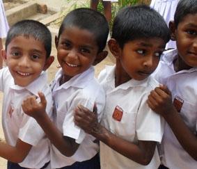 sri-lanka-sozialarbeit-schulkinder
