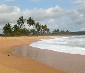 ghana-medizin-strand