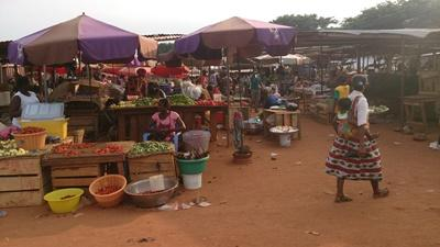 Markt in Ghana, Projects Abroad
