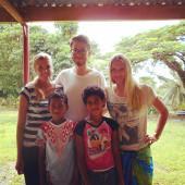 fiji-fidschi-sport-hier-bin-ich-mit-einigen-schulern-und-zwei-anderen-freiwilligen