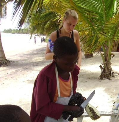 ghana-menschenrechte-ananas