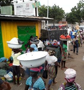 ghana-menschenrechte-bus