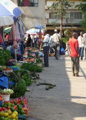 medizin-praktikum-tansania-markt