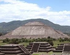 Sozialarbeit Mexiko Pyramide