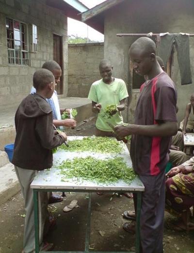 Sozialarbeit Tansania Kochen