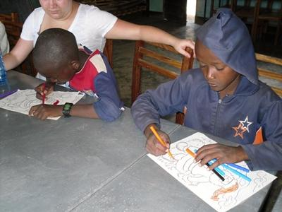 Sozialarbeit Tansania Malen