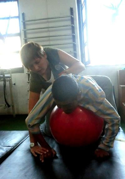 nepal-physiotherapie-ball