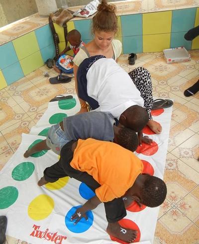 tansania-sozialarbeit-spiel