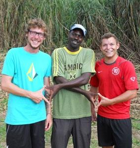 jamaika-hausbau-freiwilliger