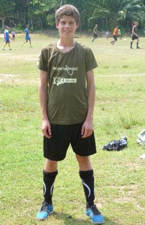 thailand-naturschutz-fussball