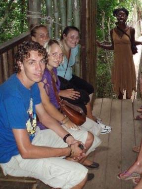 Medizin Praktikum Ghana Regenwald