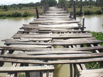 kambodscha-sozialarbeit-brucke
