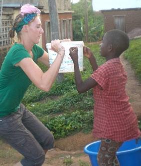 Ghana-Sozialarbeit-Wasser