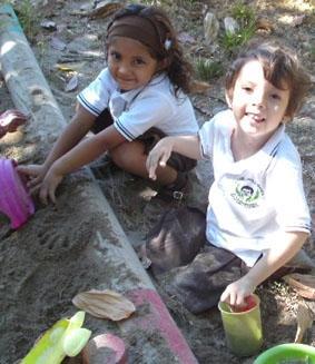 costa-rica-sozialarbeit-freundin