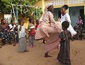 Senegal, Freiwillig, Ursi Lehrerin Tanzen
