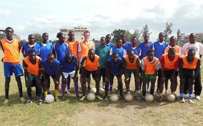 kenia-medizin-fussball