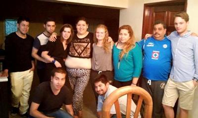 Amanda sammen med de andre frivillige i Guadalajara