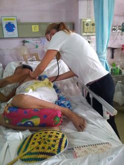 Louise Hansen, praktikant på Fysioterapiprojekt i Thailand