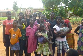 Volunteer at the Care Project