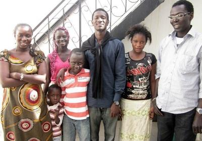 Volunteer host family in Senegal