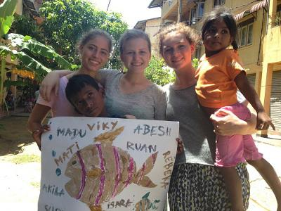 Volunteers with children on a Sri Lanka Care Placement