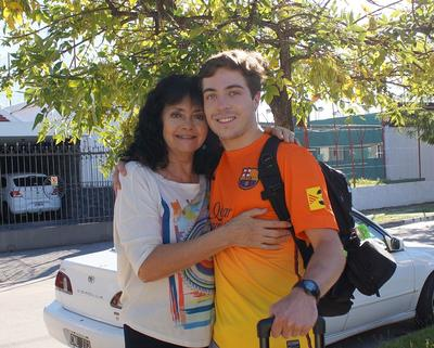 Dylan Chant with his host mother in Argentina