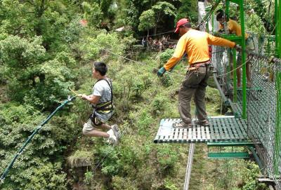 Canyon swing Nepal