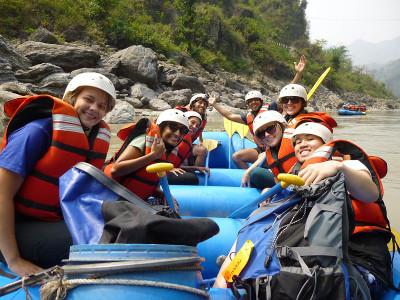Volunteers rafting