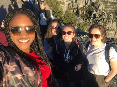 Volunteers go on a hike together in Cape Town