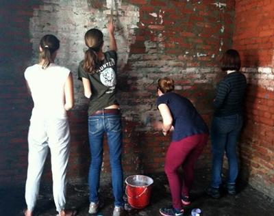 Volunteer's painting at a dirty weekend in Nepal