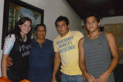 Volunteer host family in Costa Rica