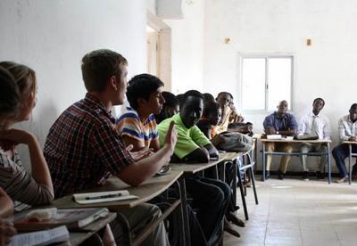 Volunteer debate in Senegal